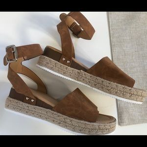 Shoes - 🔥🔥🔥LOW HEEL ESPADRILLE ANKLE BUCKLE Brown